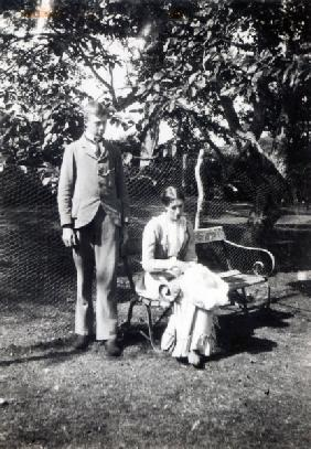 Adrian and Virginia Stephen, 1900 (b/w photo)
