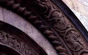 Arch detail from the south portal 1327-35