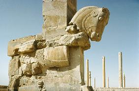 Sculpture of a Bullwith a view of the Hall of a Hundred Columns and of the Apadana (audience hall) A 5th centur