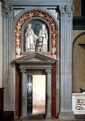 View of the interior showing one set of bronze doors decorated with figures of the Apostles and Mart