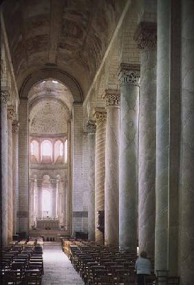 View of the nave towards the choir and the vault decorated with 12th century frescoes (photo)
