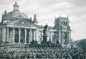 Philipp Scheidemann (1865-1939) gives an address from the Reichstag announcing the creation of a new 19th
