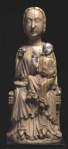 Virgin and Child, statuette late 12th
