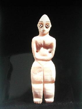 Statuette of a woman, early 4th millennium BC