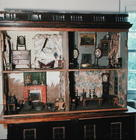 English Doll's House with original contents and wallpaper, c.1800 1527
