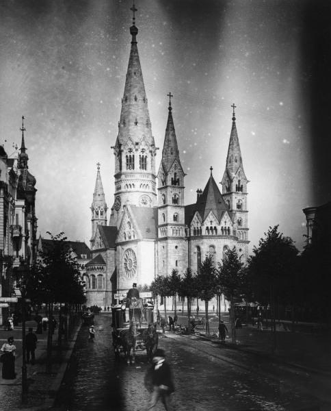 berlin ged chtniskirche foto um 1900 artist artist als kunstdruck oder handgemaltes gem lde. Black Bedroom Furniture Sets. Home Design Ideas