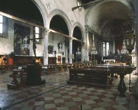 Interior view of the choir and presbytery (photo) 15th