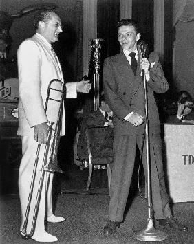 Tommy Dorsey and Frank Sinatra on stage in New York in 1941