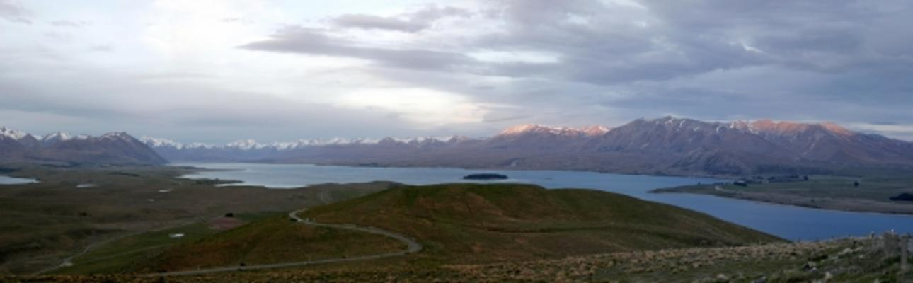 neuseeland panorama lake tekapo sebastian wahsner als kunstdruck oder handgemaltes gem lde. Black Bedroom Furniture Sets. Home Design Ideas